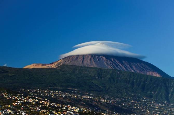 Teide mit Hut (Islas Canarias)